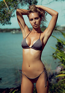 Seamless Micro String Triangle Bikini Top in Basalt 277-7380-73300