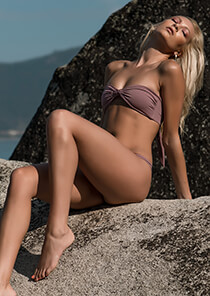 Strapless Knotted Bandeau in Smokey Mauve