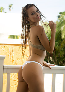 Hipster Thong Panty in White 120-5010-13000